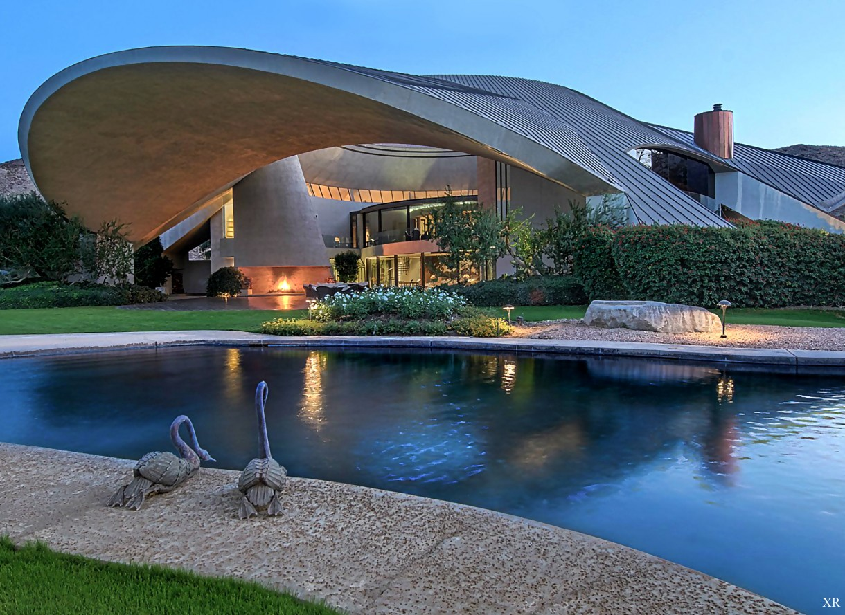 1973 Bob Hope House. Architect:John Lautner. Southridge Drive in Palm Springs