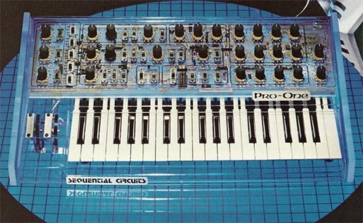 'Pro One' synth